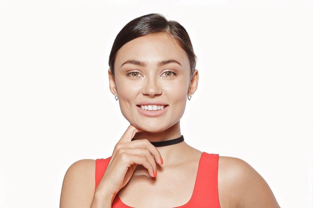 фото девушки с эффектом от карбокситерапии кожи